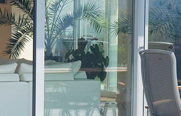 Ponuka okien, dverí a doplnkov